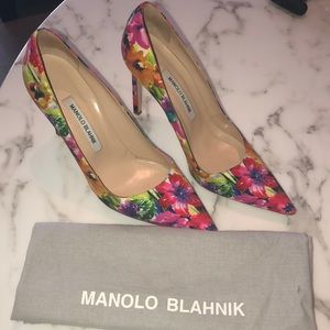 Manolo Blahnik floral satin pumps 8.5